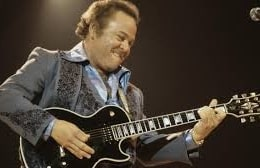 Roy Clark on Stage